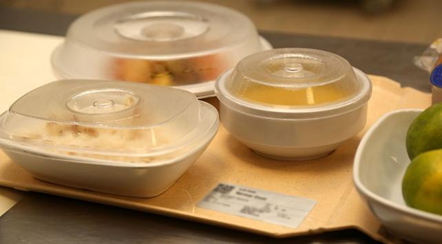 Hastanelerdeki stajyer öğrencilere ücretsiz yemek hakkı