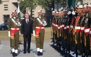 Milli Savunma Bakanı Akar, Pakistanda