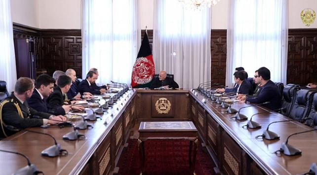 Milli Savunma Bakanı Akar, Afganistan Cumhurbaşkanı Gani ile görüştü