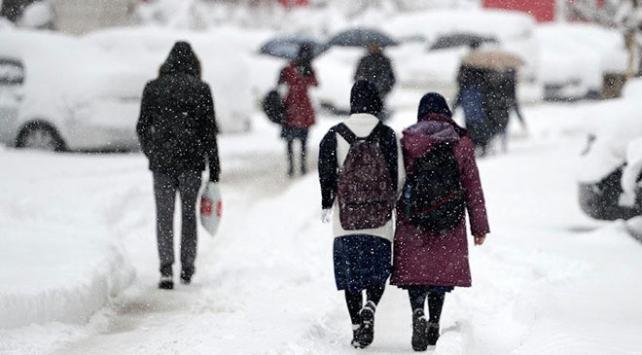 Birçok ilde eğitime kar engeli