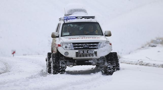 Ankarada paletli ambulanslar acil hastalar için göreve hazır