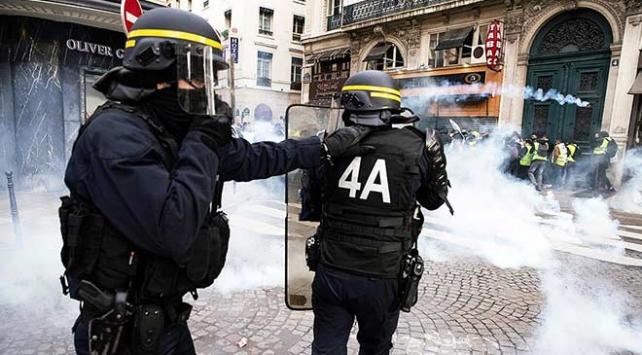 Fransadan biber gazı silahı siparişi