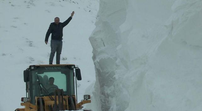 Muşta kar kalınlığı 5 metreyi buldu