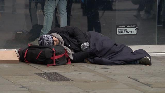 Dünyanın en zengin ülkelerinden İngiltere'de evsizlerin sayısı artıyor