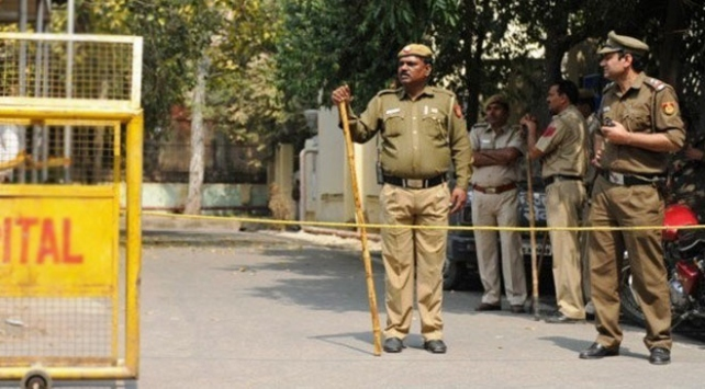 Hindistan-Pakistan sınırında gerginlik: 1 ölü, 9 yaralı