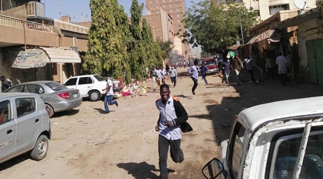 Sudanda kamu çalışanlarının maaşları artırılıyor