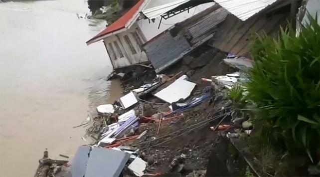 """Filipinler """"tropikal depresyon""""da: 75 ölü"""