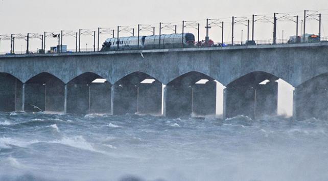 Danimarkada tren kazası: 6 ölü, 16 yaralı