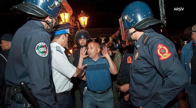 Fasta öğretmenlerin gösterisine polis müdahalesi: 18 yaralı