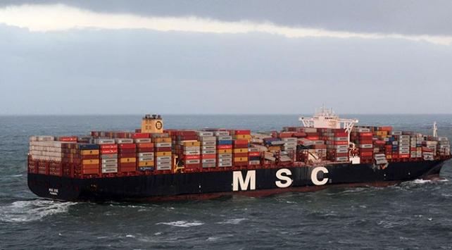 Kuzey Denizine bir kuru yük gemisinden 270 konteyner düştü