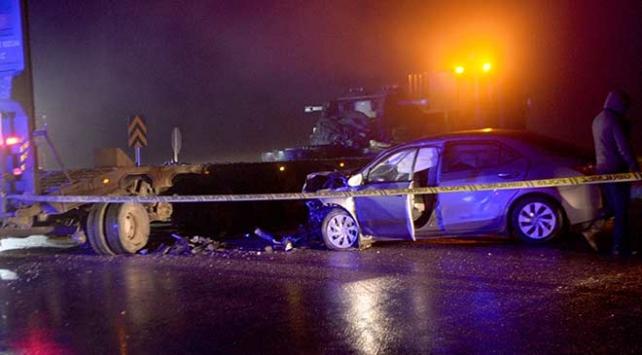 Kiliste askeri araçla otomobil çarpıştı: 1 ölü, 1 yaralı
