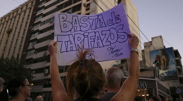 Arjantinde halk zamları protesto için sokağa döküldü