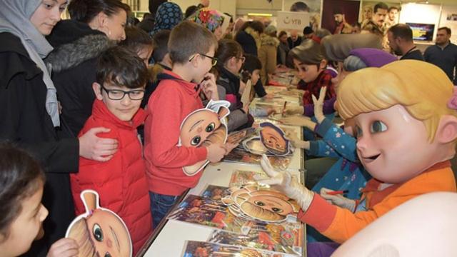 Rafadan Tayfa Almanya'daki çocuklarla buluştu