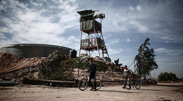 İsrail, Gazzede iki gözetleme kulesini vurdu