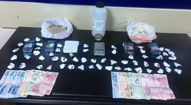 Ankarada uyuşturucu satıcılarına polis baskını