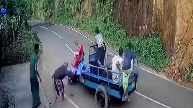 Sri Lanka'da çapa makinesi ile kaza
