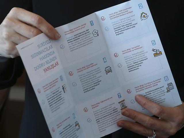 AK Partiden Suriyelilerle ilgili doğru bilinen yanlışlar broşürü