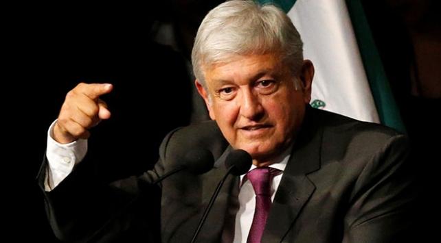 """Obrador: """"Trump duvarı"""" tartışması ABDnin iç meselesi"""