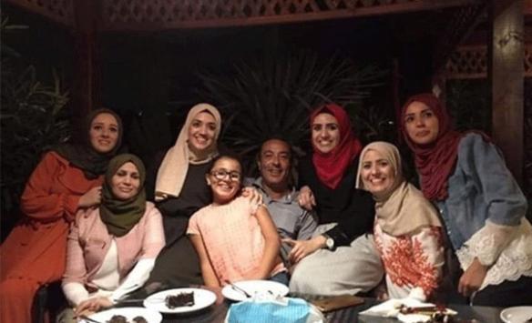 Filistinli kadını taşla öldürmekle suçlanan zanlılar serbest bırakıldı