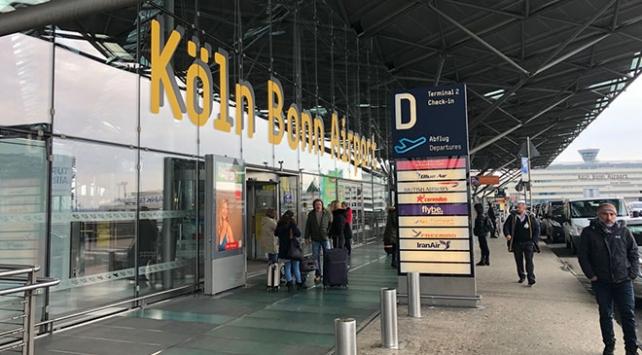 Almanyadaki 3 havalimanında uyarı grevi yapıldı