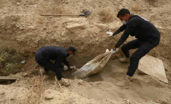 Musulda 38 kadın cesedinin olduğu toplu mezar bulundu