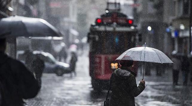 Meteorolojiden İstanbul için kuvvetli sağanak uyarısı