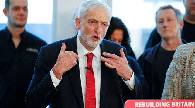İngiltere muhalefetinden erken seçim çağrısı