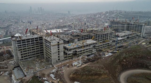 """İzmirin """"sağlık üssü""""nün yüzde 90ı tamamlandı"""