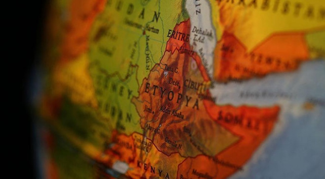 Afrika Boynuzunun yeni misafirleri İngiltere ve Rusya