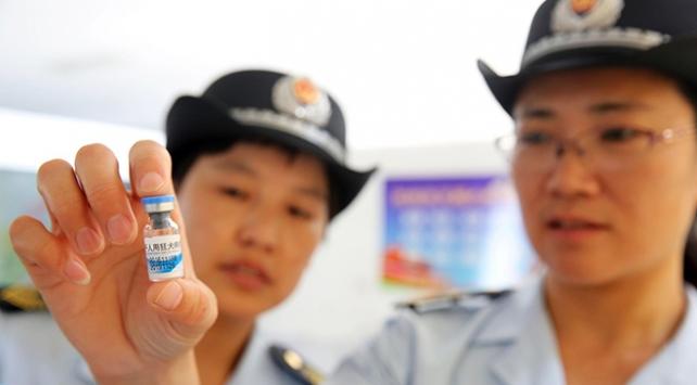 Çinde son kullanma tarihi geçmiş aşı protestosu