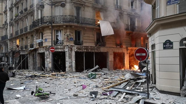 Fransa'nın başkenti Paris'te şiddetli patlama