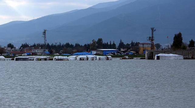 Amik Ovasında tarlalar sular altında