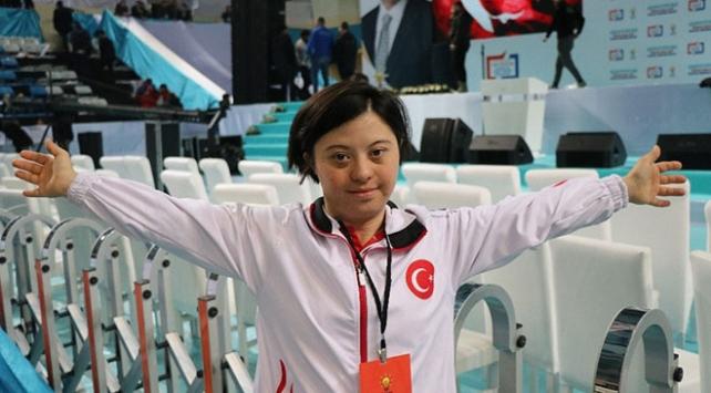 Cumhurbaşkanı Erdoğan ile down sendromlu sporcunun samimi diyaloğu
