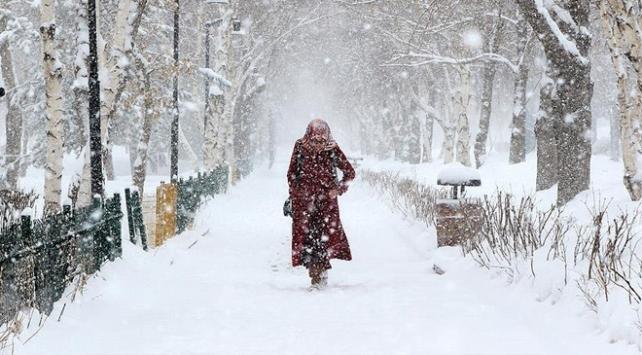 Yoğun kar ve kuvvetli fırtına uyarısı