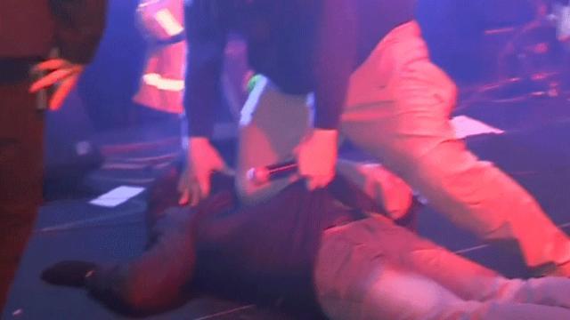 Polonya'da belediye başkanı bıçaklı saldırıya uğradı